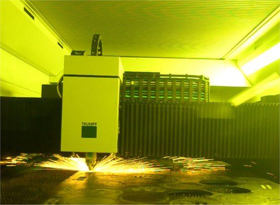 tata rapika fasilitas laser cutting
